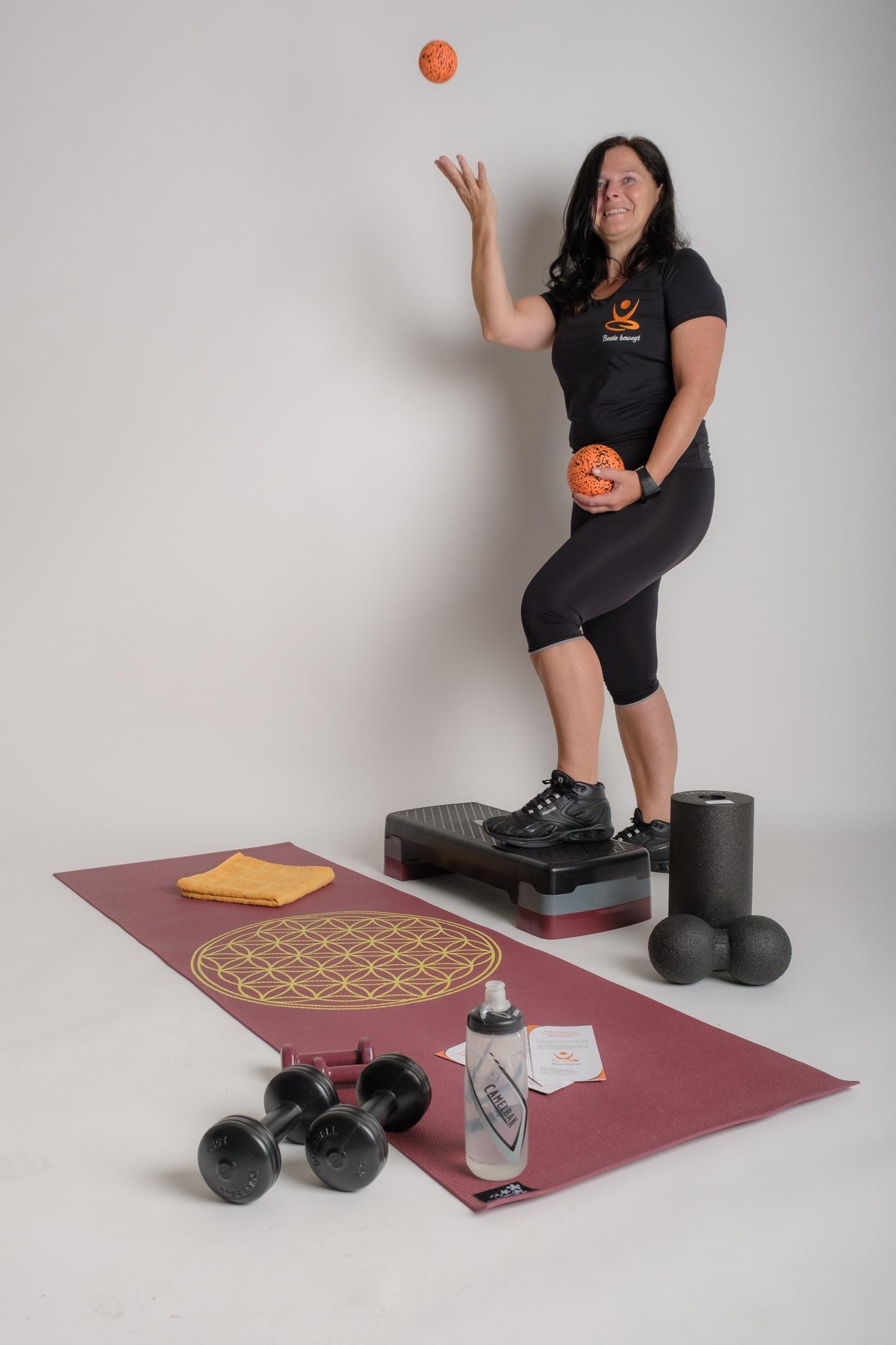 Step-Aerobic, Bauch-Bein-Po, Rückenfit, Faszientraining